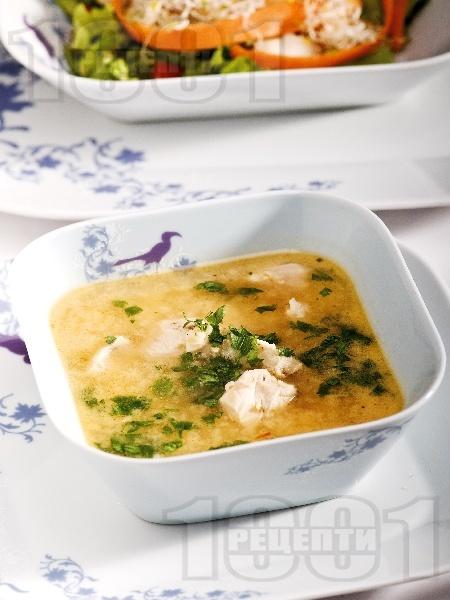Бистра пилешка супа с овесени ядки - снимка на рецептата